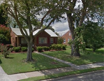 Hampton Single Family Home New Listing: 127 Eggleston Ave