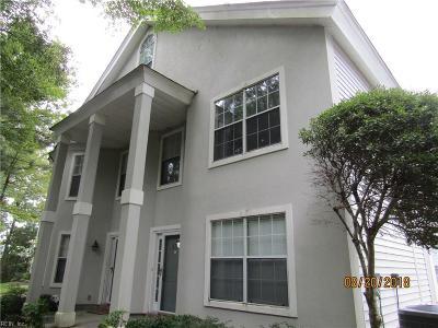 Chesapeake Single Family Home New Listing: 537 Seahorse Rn