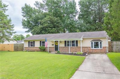 Virginia Beach Single Family Home New Listing: 404 Chisholm Dr