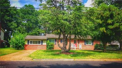 Hampton Single Family Home New Listing: 30 Meadowbrook Dr