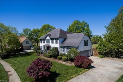 Virginia Beach Single Family Home For Sale: 1221 Course View Cir