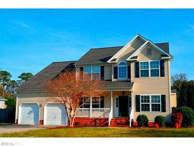 Hampton Single Family Home For Sale: 12 Ashe Meadows Dr