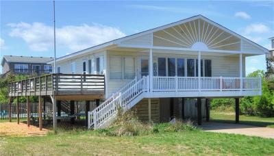 Sandbridge Beach Single Family Home For Sale: 2405 N Sandfiddler Rd