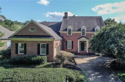 Williamsburg Single Family Home For Sale: 104 Portland