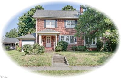 Hampton Single Family Home For Sale: 1411 Chesapeake Ave