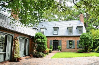 Norfolk Single Family Home For Sale: 7404 Cortlandt Pl