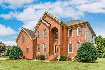 Chesapeake Single Family Home For Sale: 1604 Venetian Way