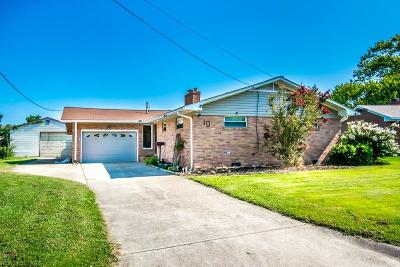 Hampton Single Family Home For Sale: 10 Wheatland Dr