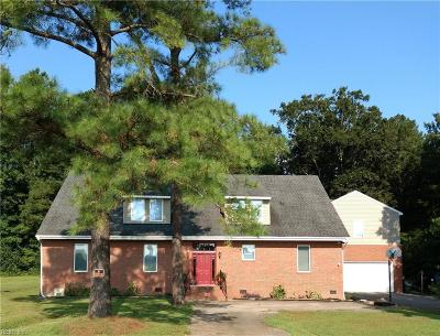 Suffolk Single Family Home For Sale: 3733 Old Mill Rd