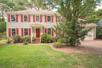 Newport News Single Family Home For Sale: 13 Blacksmythe Ln