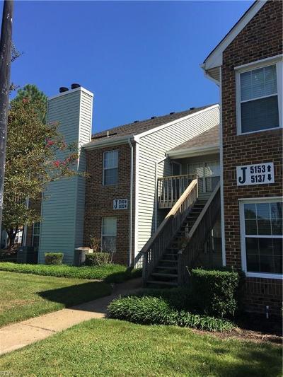 Virginia Beach Single Family Home For Sale: 5133 Thatcher Way