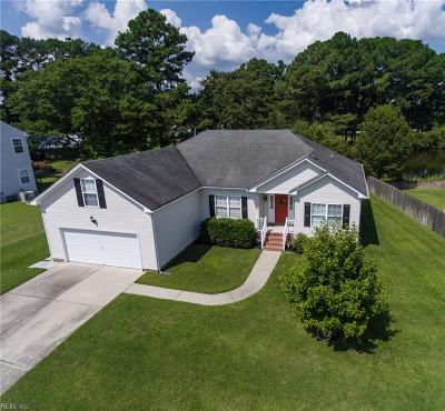 Chesapeake Single Family Home For Sale: 620 Erin Ln