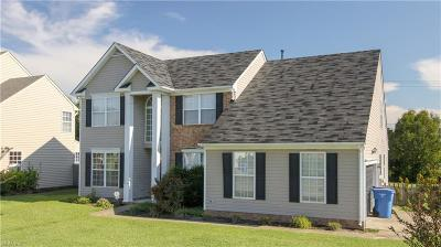 Chesapeake Single Family Home New Listing: 901 Meadowhill Ct