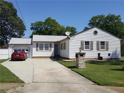 Hampton Single Family Home For Sale: 413 Durham St