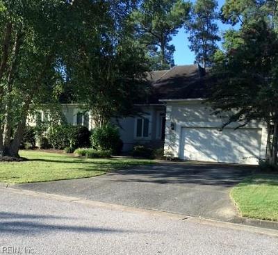 Virginia Beach Single Family Home For Sale: 1195 Lawson Cove Cir