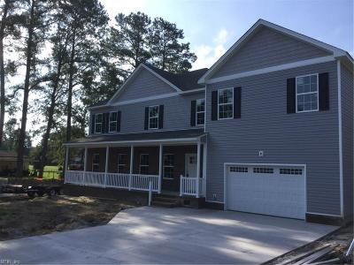 Chesapeake Single Family Home For Sale: 4033 Woodland Dr