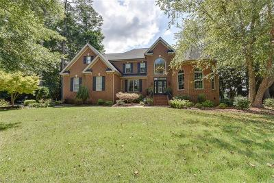 Suffolk Single Family Home For Sale: 5012 Riverfront Dr