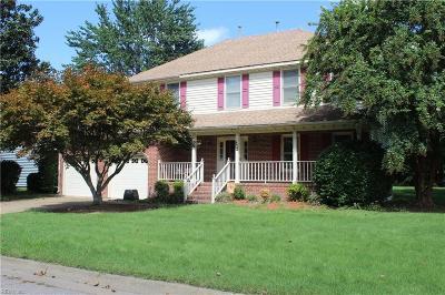 Chesapeake Single Family Home New Listing: 832 Copper Stone Cir