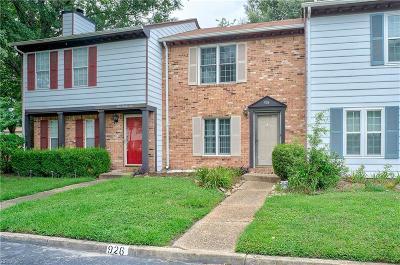 Chesapeake Single Family Home New Listing: 926 Spinnaker Ct