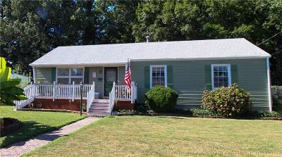 Hampton Single Family Home New Listing: 817 Berkshire Ter