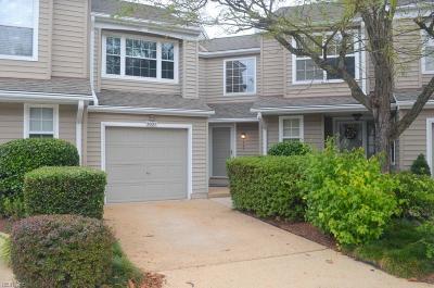 Virginia Beach Single Family Home For Sale: 5027 Cypress Point Cir