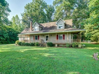 Suffolk Single Family Home New Listing: 515 E Glen Haven Dr