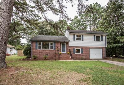 Newport News Single Family Home New Listing: 513 Frank Ln