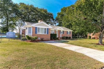 Chesapeake Single Family Home New Listing: 432 Plummer Dr