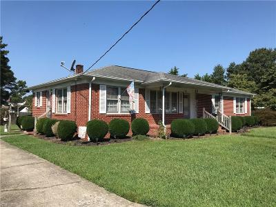 Suffolk Single Family Home New Listing: 203 Staley Dr