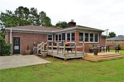 Chesapeake Single Family Home New Listing: 520 Centerville Tpke S