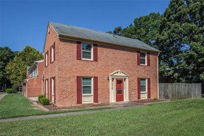 Newport News Single Family Home New Listing: 201 Bailiff Ct #F
