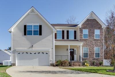 Hampton Single Family Home For Sale: 7 Cinnamon Ct
