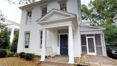 Suffolk Single Family Home For Sale: 210 Bank St