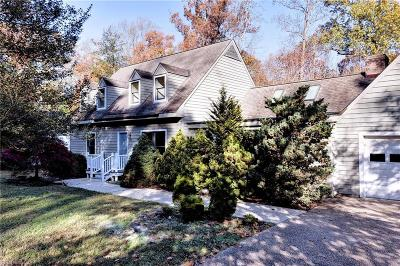 Kingspoint Residential Under Contract: 129 Kingspoint Dr