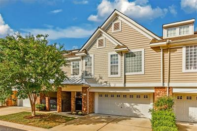 Suffolk Single Family Home Under Contract: 1067 Bay Breeze Dr