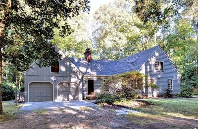Newport News Single Family Home For Sale: 2 Fishers Lndg
