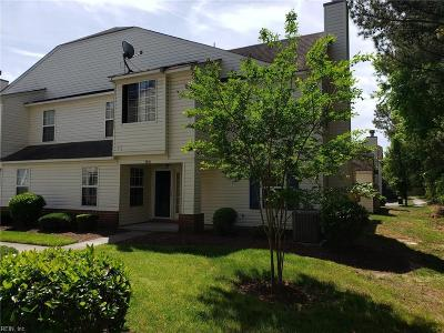 Western Branch Single Family Home For Sale: 3006 Trappers Rn