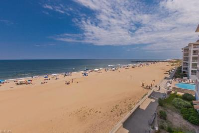 Sandbridge Beach Single Family Home For Sale: 3700 Sandpiper Rd #425