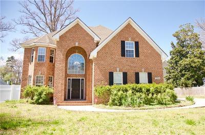 Virginia Beach Single Family Home For Sale: 861 Shurney Ln