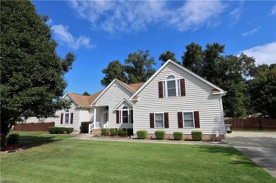 Hampton Single Family Home For Sale: 9 Emmett Ln