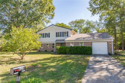 Virginia Beach Single Family Home New Listing: 828 Timberlake Dr