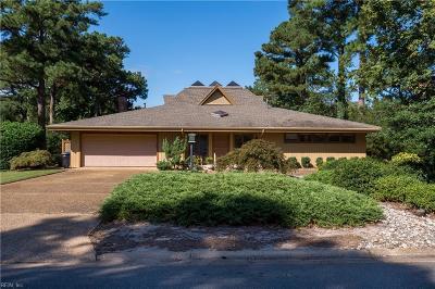 Virginia Beach Single Family Home For Sale: 516 Susan Constant Dr