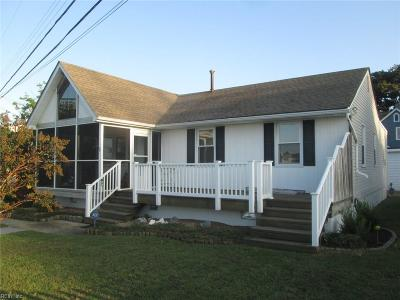 Hampton Single Family Home For Sale: 440 Creek Ave