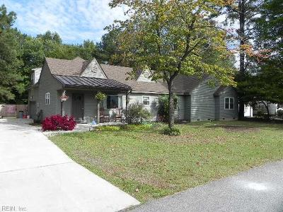 Chesapeake Single Family Home New Listing: 429 Dupont St