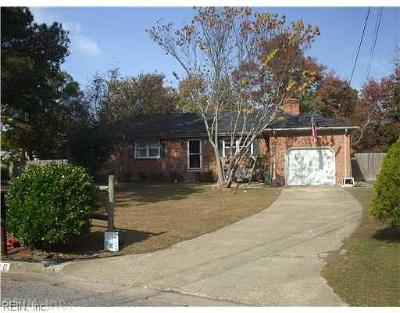 Chesapeake Single Family Home New Listing: 800 Shetland Dr
