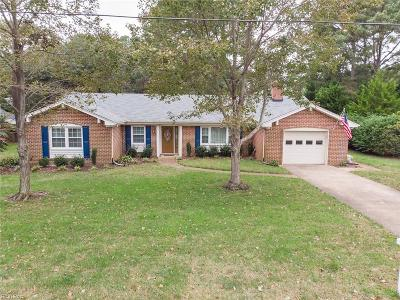 Virginia Beach Single Family Home New Listing: 2213 Admiral Dr W