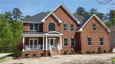 Virginia Beach Single Family Home For Sale: 2424 Kestrel Ln