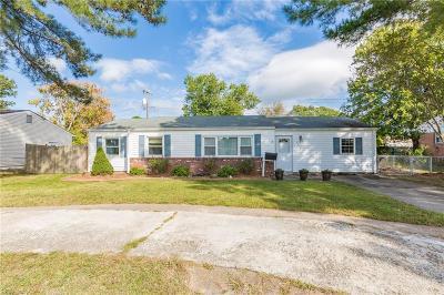 Virginia Beach Single Family Home New Listing: 3048 Bow Creek Blvd