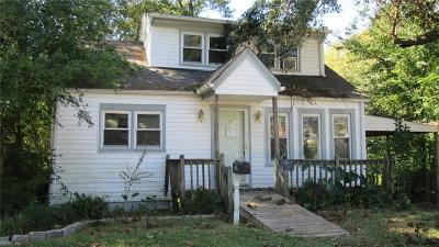 Chesapeake Single Family Home New Listing: 1420 Stewart St