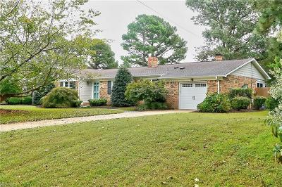 Virginia Beach Single Family Home New Listing: 1713 Whiteside Ln